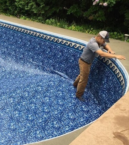Medium inground pool liner